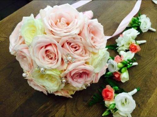 Au Fil des Fleurs - çiçek evi